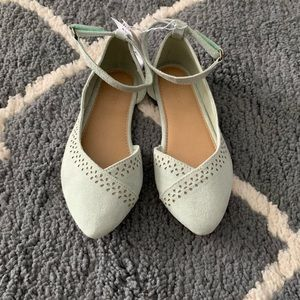 Mint green dress shoes for girls